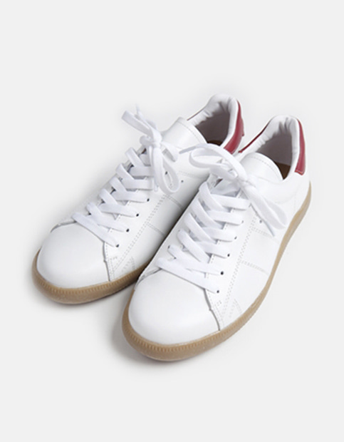 Red Point Sneakers